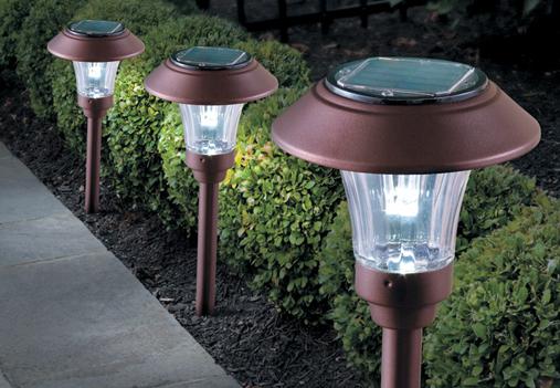 Solar garden lights and lighting
