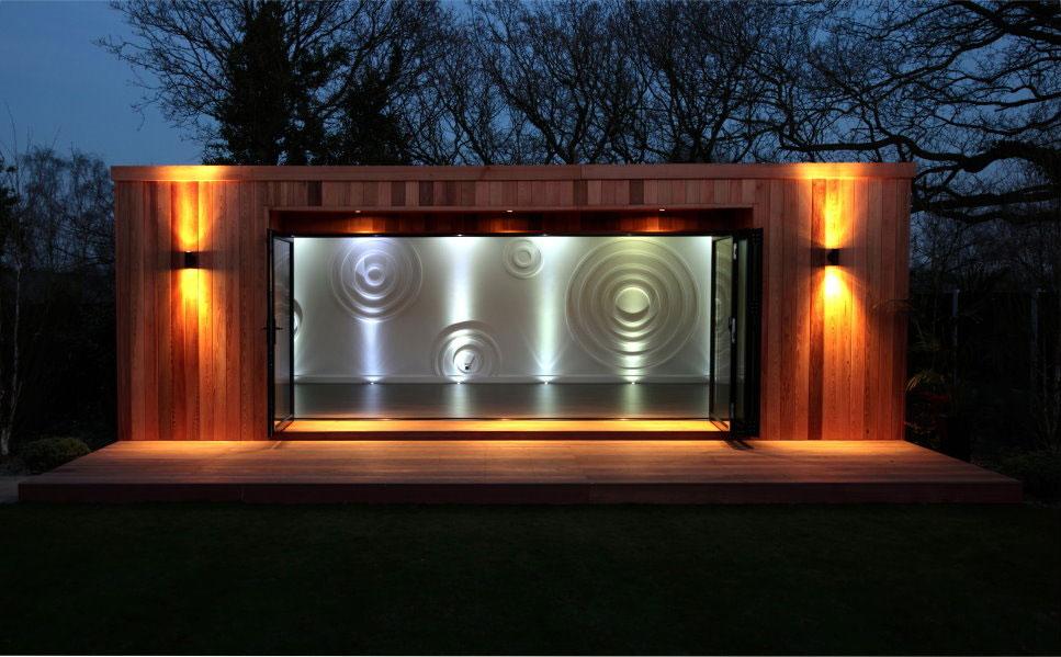 Facade lighting by Garden Lighting London